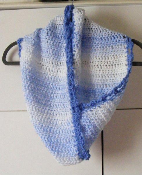 Blue/white mobius twist scarf